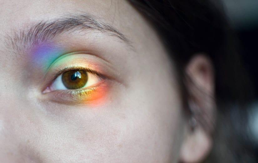 epilazione laser vicino agli occhi: è possibile o ci sono effetti collaterali?