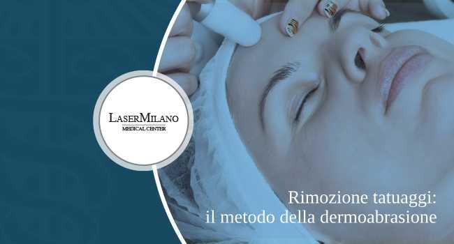 Il metodo di rimozione tatuaggi con dermoabrasione è un'operazione di chirurgia estetica invasiva. Inoltre lascia cicatrici. Ecco perché utilizziamo la tecnologia laser