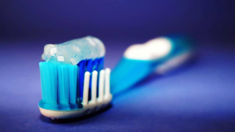 la depilazione con il dentifricio funziona davvero?