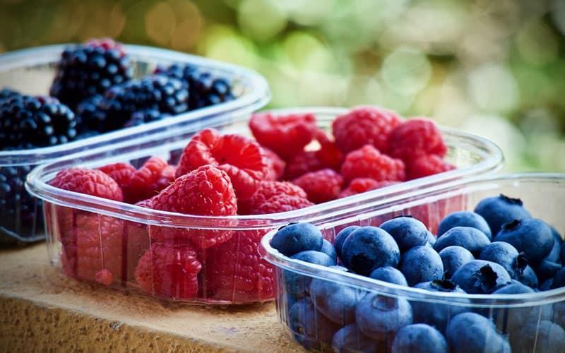 Se vuoi mantenere il tuo peso corporeo stabile, dopo un trattamento di liposuzione fianchi, scegli di mettere sulla tua tavola frutta e verdura. Alimenti sani e naturali