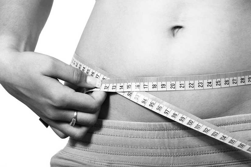 Liposuzione tradizionale o lipolaser per eliminare il grasso addominale?